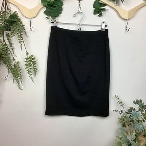 Ellen Tracy Black Stretch Pencil Skirt